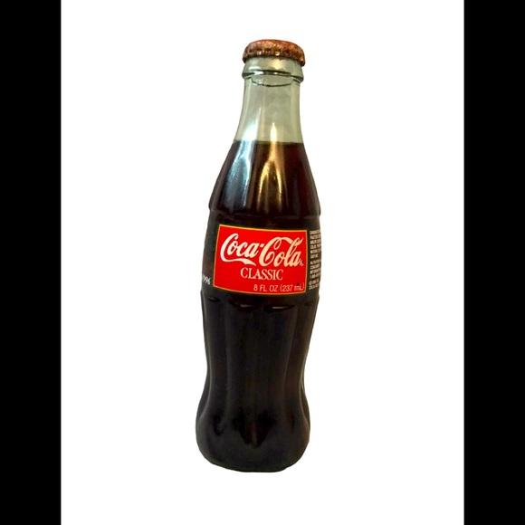 1996 Christmas Series Coca Cola Bottle